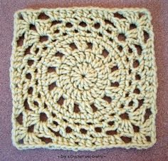 ~ Dly's Crochet and Crafts ~: ~ 'merry-go-round' square ~