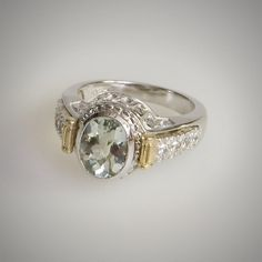 Interchangeable bezel ring <3 Awesome!!