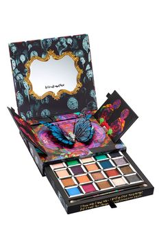 Inspired by Disney's fantasy-adventure film Alice Through the Looking Glass, this limited-edition, pop-up palette by Urban Decay is a trippy tribute to some of the main characters from the film.