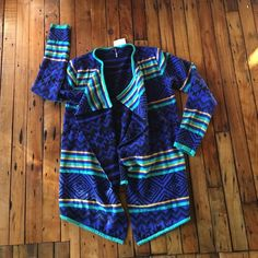 Gorgeous Aztec cardigan Stunning colors, never worn, thick flowly and unique Sweaters Cardigans