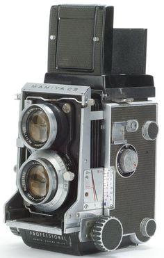 Mamiya C3 with 80mm lens. Yes.
