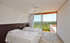 Prontos para Morar Residencial Cond. Quinta da Baronesa Casa em Condomínio 5 dormitórios 3700 metros 5 Vagas | Coelho da Fonseca