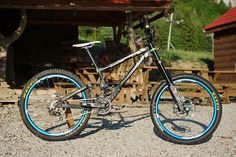 View Vital MTB member matej.charvat's mountain bike check 'Banshee Legend Black Anodized'.