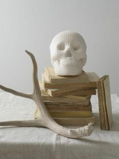 wish i could go back to elte or yorkville to buy that porcelain skull ... love this!!