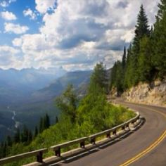 Going-to-the-Sun Road in Glacier National Park, Montana