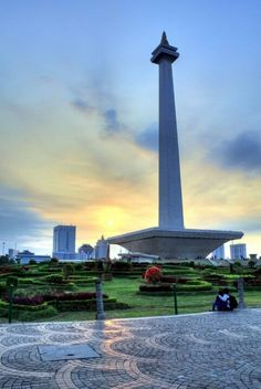 Indonesia National Monument is a 132 m tower in the centre of Merdeka Square, Central Jakarta, symbolizing the fight for Indonesia. It is the national monument of the Republic of Indonesia, built to commemorate the struggle for Indonesian independence Indonesian Independence, Asia City, Local Attractions, Jakarta, Southeast Asia, Where To Go, Beautiful Places, Places To Visit, Tower