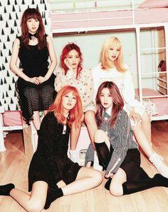 They're so beautiful💜 Seulgi, Irene Red Velvet, Wendy Red Velvet, Kpop Girl Groups, Korean Girl Groups, Kpop Girls, Sooyoung, Divas, Red Velvet Photoshoot