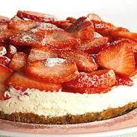 Recept - Aardbei-MonChoutaart - Allerhande Dutch Recipes, Baking Recipes, Cookie Recipes, Strawberry Pie, Strawberry Recipes, Rudolph's Bakery, Baking Without Eggs, Pie Cake, Cake Cookies