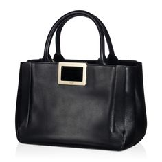 Inspired by the muse Ines de la Fressange, the Ines bag is born from the marriage of charm and deconstructivism and encompasses the elegance of a timeless style bequeathed from mother to daughter. Crafted in elegant smooth leather, the bag features the iconic snap metal buckle and a suede-covered insert.