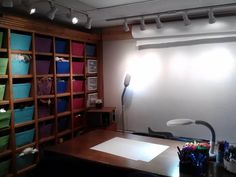 The art therapy room.