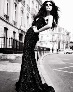You can never be wrong with a pretty #black #dress. #Assouline #ElieSaab