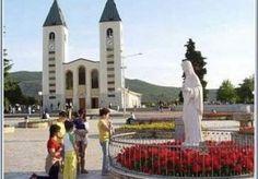 """Contrordine su Medjugorje:  adesso la Madonna """"appare"""" di Luigi Santambrogio http://www.lanuovabq.it/it/articoli-contrordine-su-medjugorje-adesso-la-madonna-appare-10902.htm"""