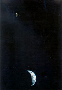 Crescent Earth and Moon from Voyager 1.   It was the first time a spacecraft had pictured both bodies in the same frame. Voyager was 11.66 million kilometers (7.25 million miles) from Earth on 1977-09-18 when this image was taken. (Credit: NASA / JPL)
