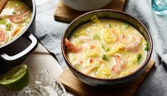 Cremige Thai Kokos Suppe mit Garnelen. Das Rezept findest du auf maggi.de.