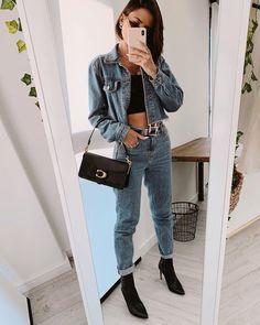 Mom jeans: 30 looks que vão te incentivar a apostar na tendência [2020] Casual Winter Outfits, Boho Outfits, Trendy Outfits, Fashion Outfits, Denim Outfits, 70s Fashion, Style Fashion, Looks Jeans, Korean Fashion Online