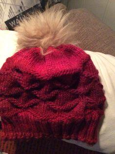 Lille Konle lue Winter Hats, Fashion, Moda, Fashion Styles, Fashion Illustrations