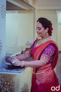 A Shopzters Exclusive - A Classic Bridal Shoot With The New Bride-To-Be in Town - Actress Suja Varunee Bridal Hairstyle Indian Wedding, Indian Wedding Bride, South Indian Bride, Wedding Pics, Saree Blouse Patterns, Saree Blouse Designs, Blouse Styles, Party Sarees, Wedding Sarees