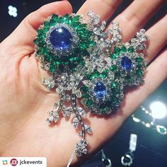 Our fabulous sapphire, emerald and diamond brooch photographed by our friends @jckevents. #Setare' #Brooch #Sapphire #Emerals #Diamonds #Fashion #Jewelry #LuxuryJewelry #Platinum #Handcrafted