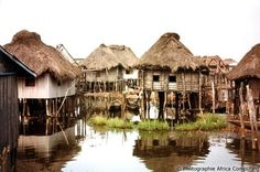 Benin in West Africa. Afrique Francophone, African House, Vernacular Architecture, Jolie Photo, Fauna, West Africa, Africa Travel, Sierra Leone, Liberia