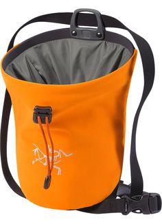 Arc'teryx Chalk Bag Naranja L Soccer Season, Outdoor Gear, Drawstring Backpack, Gym Bag, Bags, Stuff To Buy, Hiking, Rock, Shop
