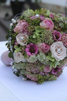 Die 115 Besten Bilder Von Weisse Blumenstrausse Wedding Bouquets