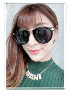 ray ban sunglasses best price for Free to friends and family Christmas gift.