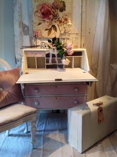 Sometimes it just has to be pink. Romantic French postmark bureau  by pale-imitations.co.uk