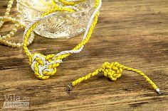 Como fazer uma pulseira de cordão com nó coração