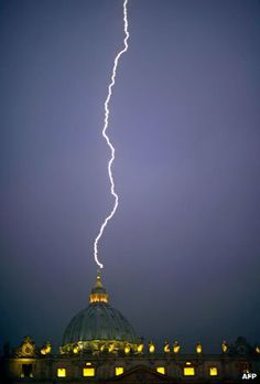 What is the chance of lightning striking St Peter's?
