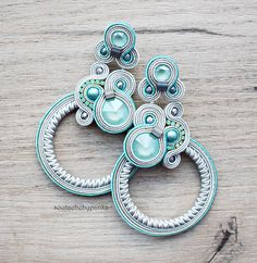 Light blue and gray soutache earrings with beautiful swarovski crystals. Etsy Jewelry, Boho Jewelry, Jewelry Art, Jewelery, Soutache Necklace, Tassel Earrings, Gold Earrings, Ring Chandelier, Crystal Fashion