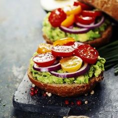 Tasty homemade sandwiches with avocado, tomato, onion and pepper by klenova. Tasty homemade sandwiches with avocado, tomato, onion and pepper on a slate board Sandwich Bar, Sandwiches, Guacamole, Homemade Sandwich, Healthy Brunch, Vegetable Nutrition, Street Food, Avocado Toast, Food Photography