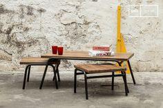 La mesa de centro Regular es una mesa de centro vintage que nos gusta mucho.
