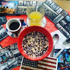 Buongiorno.... Sarà la stanchezza e la confusione di questi giorni.... Ma stanotte ho sognato di andare a vivere a New York....✈#ilsognocontinua #chiacchiereacolazione #ilovebreakfast #infinity_coffeebreak #coffebreak #instabreakfast #usa #newyorkcity #newlife #newyork #timesquare #statueofliberty #empirestatebuilding #flatironbuilding #chryslerbuilding #brooklyn #manhattan #manhattanbridge #gusciduovo #gusciduovointrasferta #goodmorning #rdd_food #rdd_travel