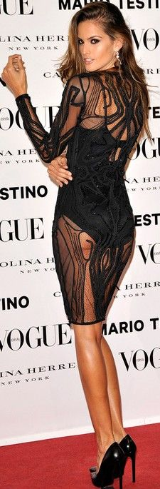 If only it had an underskirt. And looked a little less like a bathing suit. Ha.  ♥✤ | Keep the Glamour | BeStayBeautiful