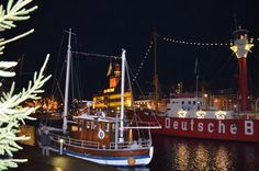 Der Ratsdeft in Emden zur Weihnachtszeit.
