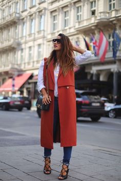 Affordable Fashion Trends Outfit Ideas For Spring 201911 Long Vest Outfit, Vest Outfits, Chic Outfits, Fashion Outfits, Fashion Trends, Style Fashion, Chaleco Casual, Long Vests, Mode Hijab