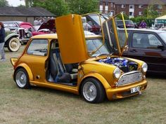 Parking solution 101!   With this MODIFIED MINI MONDAY you can take those space that even feel tight for a Mini...