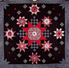 T-Shimmering Stars - an interesting Christmas quilt