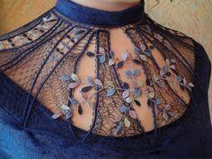 image (972×729) Russian Crochet, Irish Crochet, Crochet Lace Collar, Romanian Lace, Bobbin Lace Patterns, Wire Crochet, Lacemaking, Lace Heart, Lace Jewelry