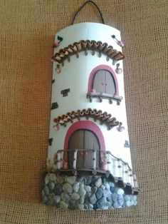 botellas o frascos decorados con porcelana fria - Buscar con Google Biscuit, Clay Houses, Roof Tiles, Altered Bottles, Fairy Land, Magical Creatures, Tile Art, Bottle Opener, Polymer Clay