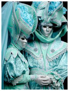 Venetian masquerade costumes and masks Venetian Costumes, Venice Carnival Costumes, Mardi Gras Carnival, Venetian Carnival Masks, Carnival Of Venice, Venetian Masquerade, Masquerade Ball, Masquerade Costumes, Venice Carnivale