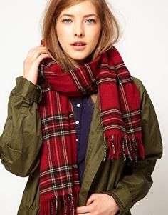 Fred Perry Authentic Tartan Lamora Scarf