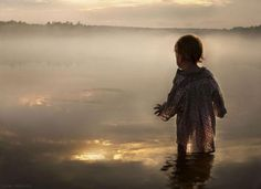 Elena Shumilova, Russian photographer who takes pics of her kids in the Russian countryside - stunning photos