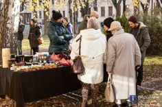 Bilder vom Verein Achterbahn, der beim Café Zapo im Park am Hasnerplatz am 3. Dezember 2013 einen Weihnachtsbasar veranstaltete. Der Reinerlös aus diesen Einnahmen kommt dem Verein Achterbahn zugute. Der Verein Achterbahn ist eine Plattform für Menschen mit psychischer Beeinträchtigung. #Bilder,#Verein #Achterbahn,#Café #Zapo im #Park am #Hasnerplatz #Graz,#Weihnachtsbasar,#Reinerlös,#Plattform für #Menschen mit #psychischer #Beeinträchtigung