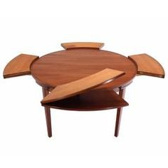 How ingenious is this! Again like the transformation element - original - base doesn't work for me or my knees. Rare Danish Modern Teak Round Expandable Top Dining Table For Sale at Expandable Round Dining Table, Round Dinning Table, Round Extendable Dining Table, Teak Dining Table, Modern Dining Room Tables, Square Dining Tables, Table And Chairs, Dining Room Office, Esstisch Design