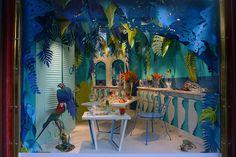 Vitrine Baccarat, Paris, a nice quiet drink on the terrace,cheers, pinned by Ton van der Veer Visual Merchandising Displays, Visual Display, Display Design, Booth Design, Store Design, Set Design, Paper Fruit, Seaside Style, Owl