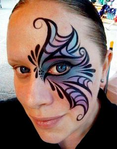 Blue and Purple Webbed Eye design by Catherine Pannulla.for Halloween Adult Face Painting, Eye Painting, Painting Tattoo, Face Painting Designs, Paint Designs, Painting Abstract, Cheek Art, Maquillaje Halloween, Cool Face