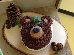 Super Cute Bear Cake. Forest themed birthday cake. Woodland animal cake. Check out the post to see some great ideas!