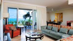 在这个网站预订有礼物,Ocean Front Lounge Area at The Regent Grand Turks and Caicos