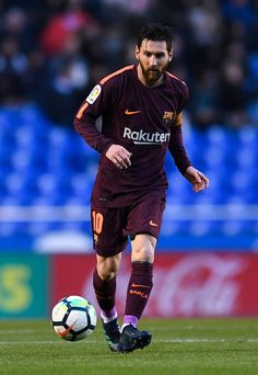 Lionel Messi Photos - Lionel Messi of FC Barcelona runs with the ball during the La Liga match between Deportivo La Coruna and Barcelona at Estadio Riazor on April 2018 in La Coruna, Spain. Lionel Messi Barcelona, Barcelona Football, Messi Fans, Messi 10, Lionel Messi Wallpapers, Messi Photos, Leonel Messi, Football Team, Argentina National Team
